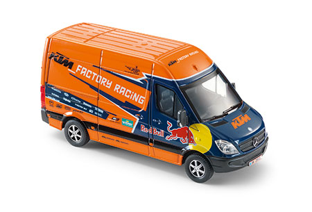 3pw1574400 factory racing van