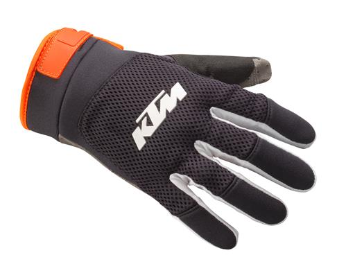 pho_pw_pers_vs_324427_3pw21000190x_pounce_gloves_front__sall__awsg__v1